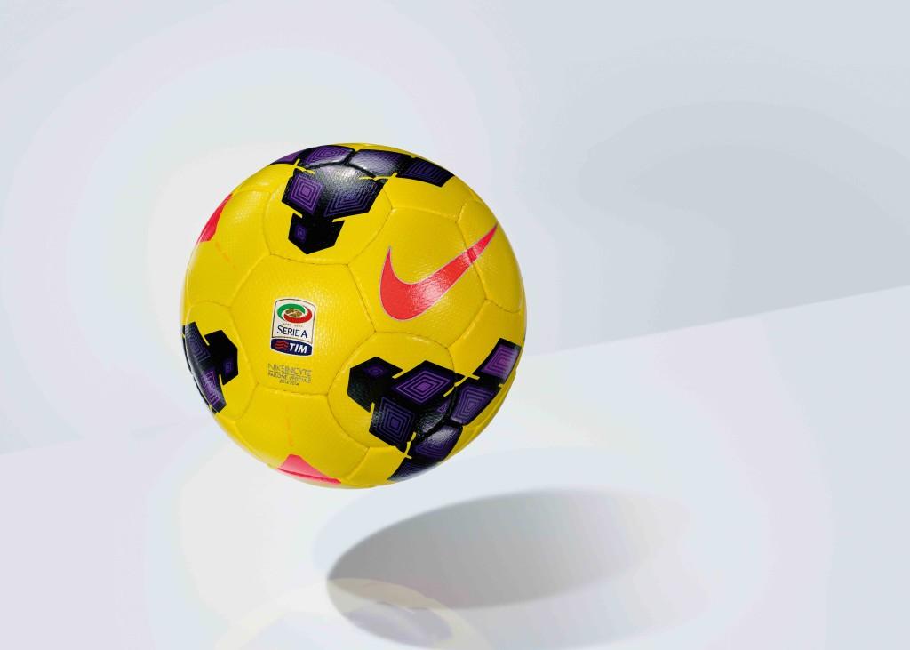 Nike Incyte Hi-Vis_Serie_A