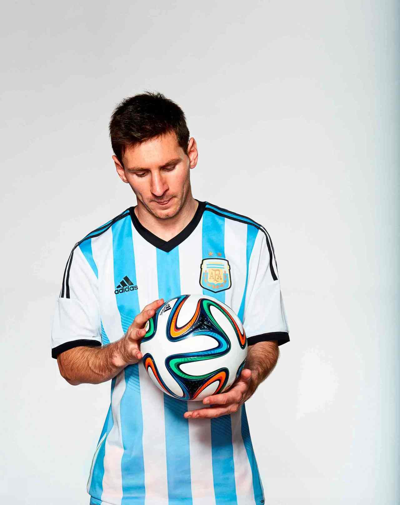 messi and brazuca