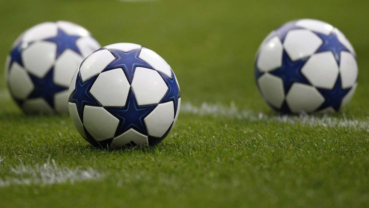 мяч лиги чемпионов сезона 2010-2011 - adidas finale 10