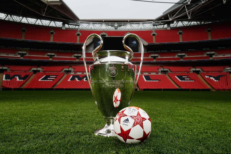 мяч финала лиги чемпионов 2011 - adidas fnale london с кубком лиги чемпионов