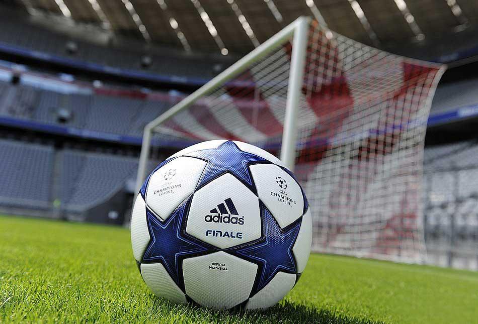 официальный мяч лиги чемпионов 2010-2011