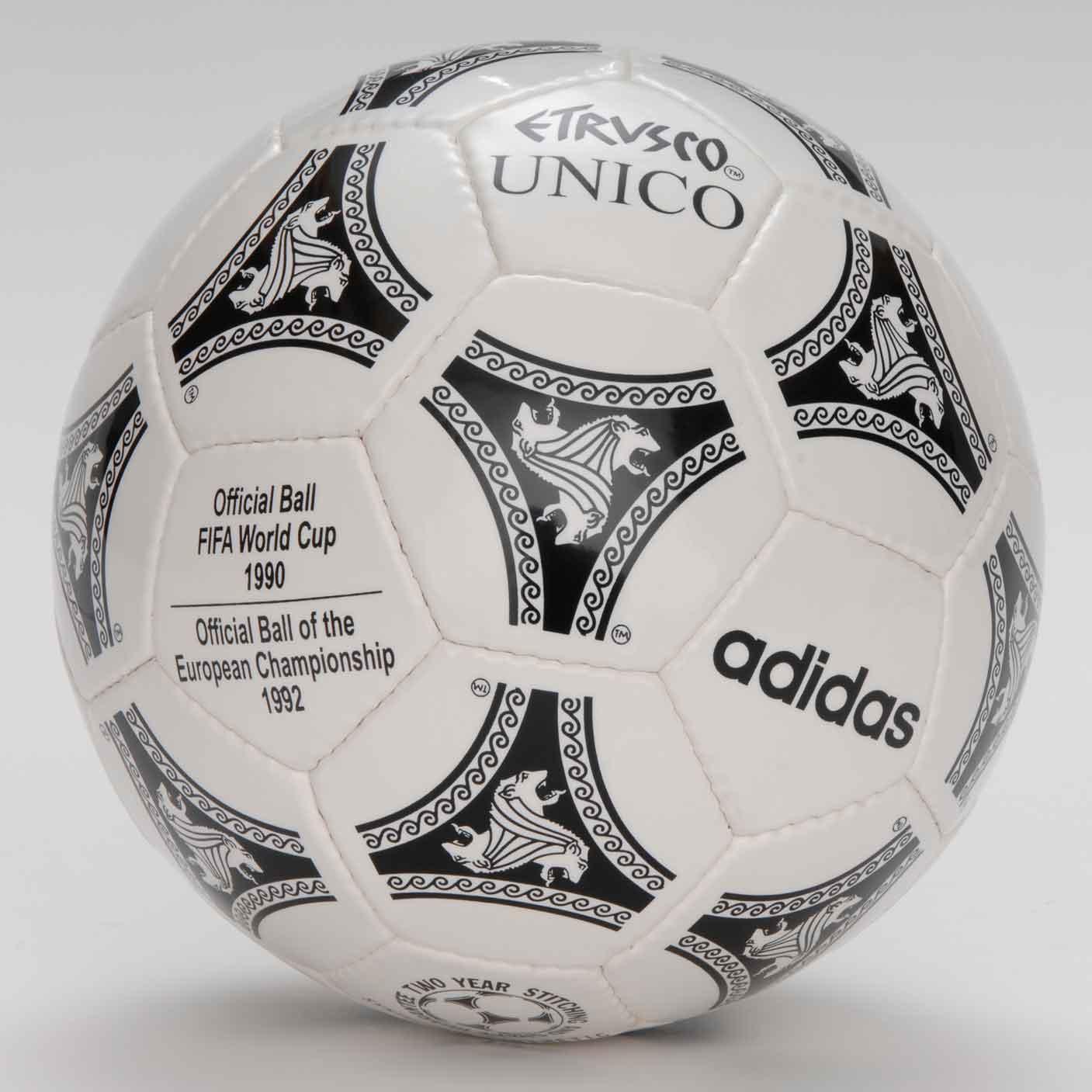 Мячом финала Кубка УЕФА 1994 был Etrusco Unico