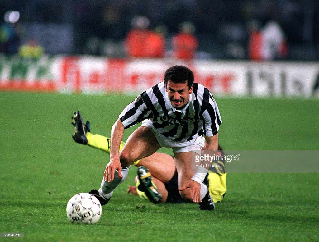 Gianluca-Vialli-of-Juventus-attempts-to-move-forward