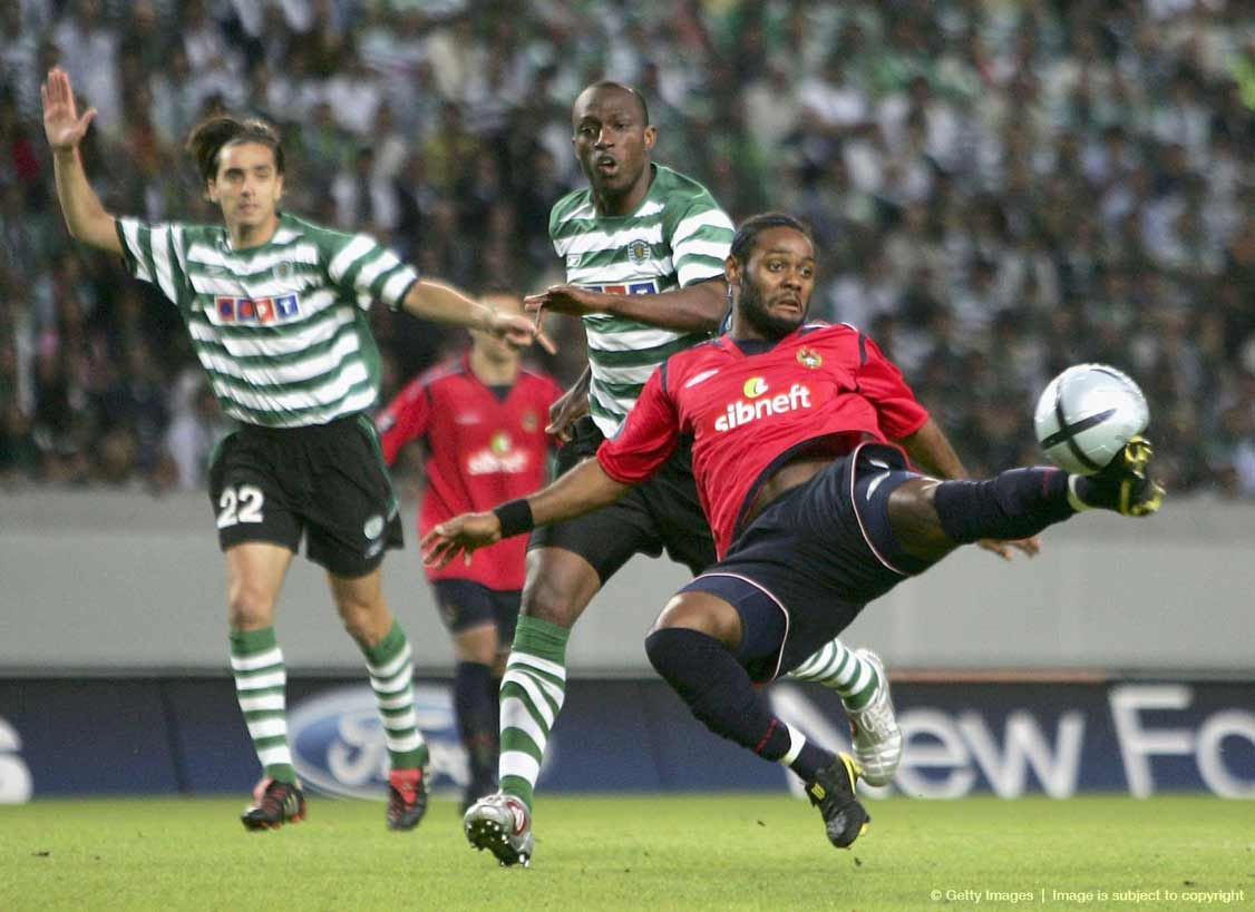 мяч финала кубка уефа 2005 -Roteiro