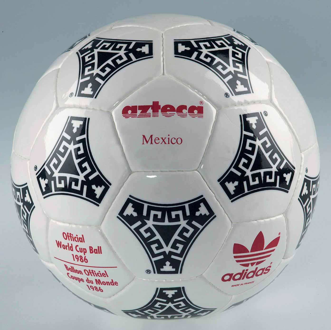 Официальным мячом финала Кубка УЕФА 1988 был Azteca Mexico