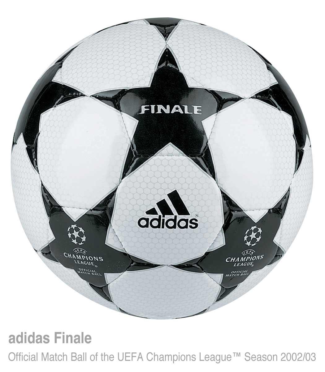 Официальный мяч Суперкубка УЕФА 2002 года — Adidas Finale 2
