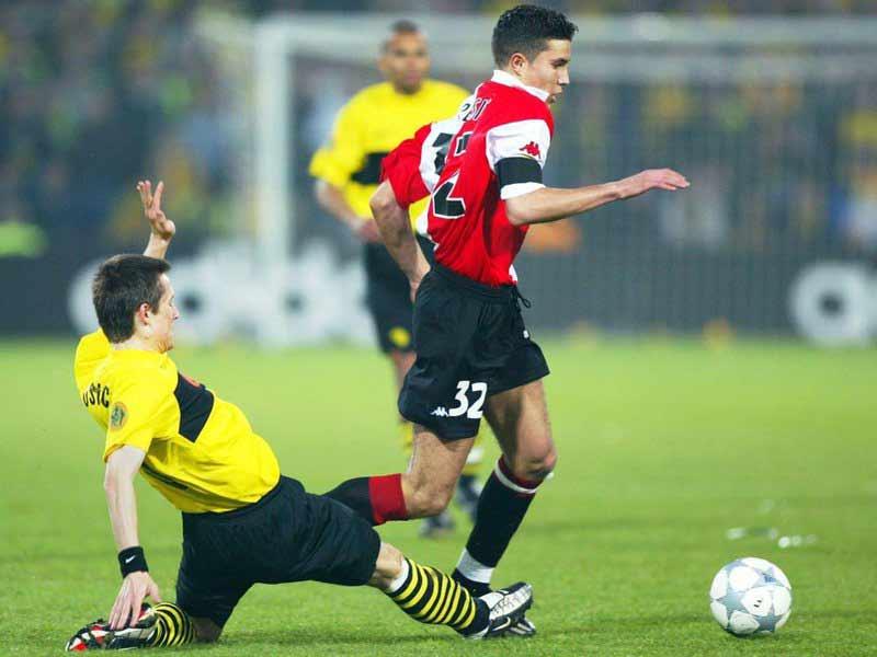 финал Кубка УЕФА 2002