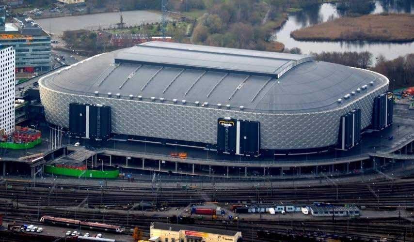 Френдс Арена» (ранее известна как «Swedbank Arena»)