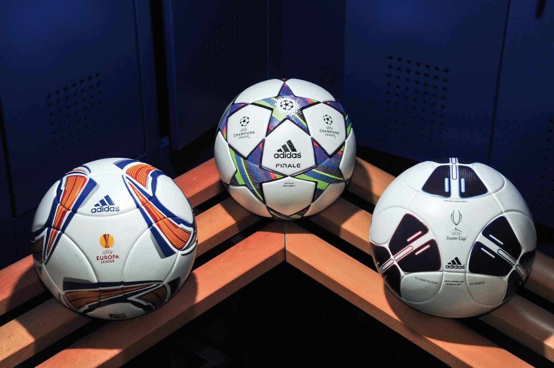 мяч Лиги Европы УЕФА сезона 2011-2012