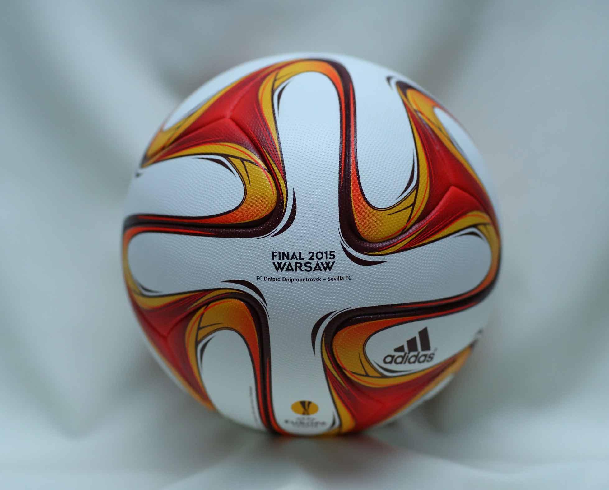 мяч финала Лиги Европы 2015 - Final 2015 Warsaw
