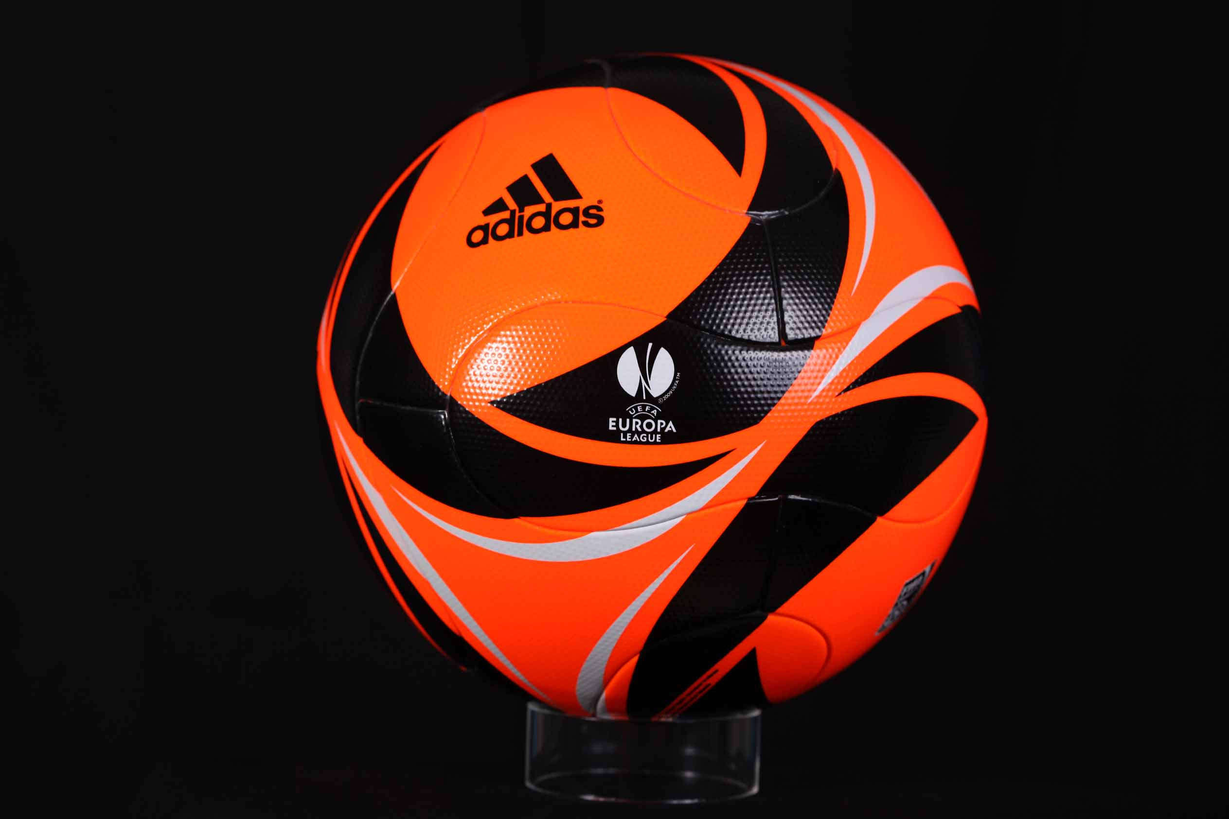 мяч Лиги Европы 2009-2010 Winterball