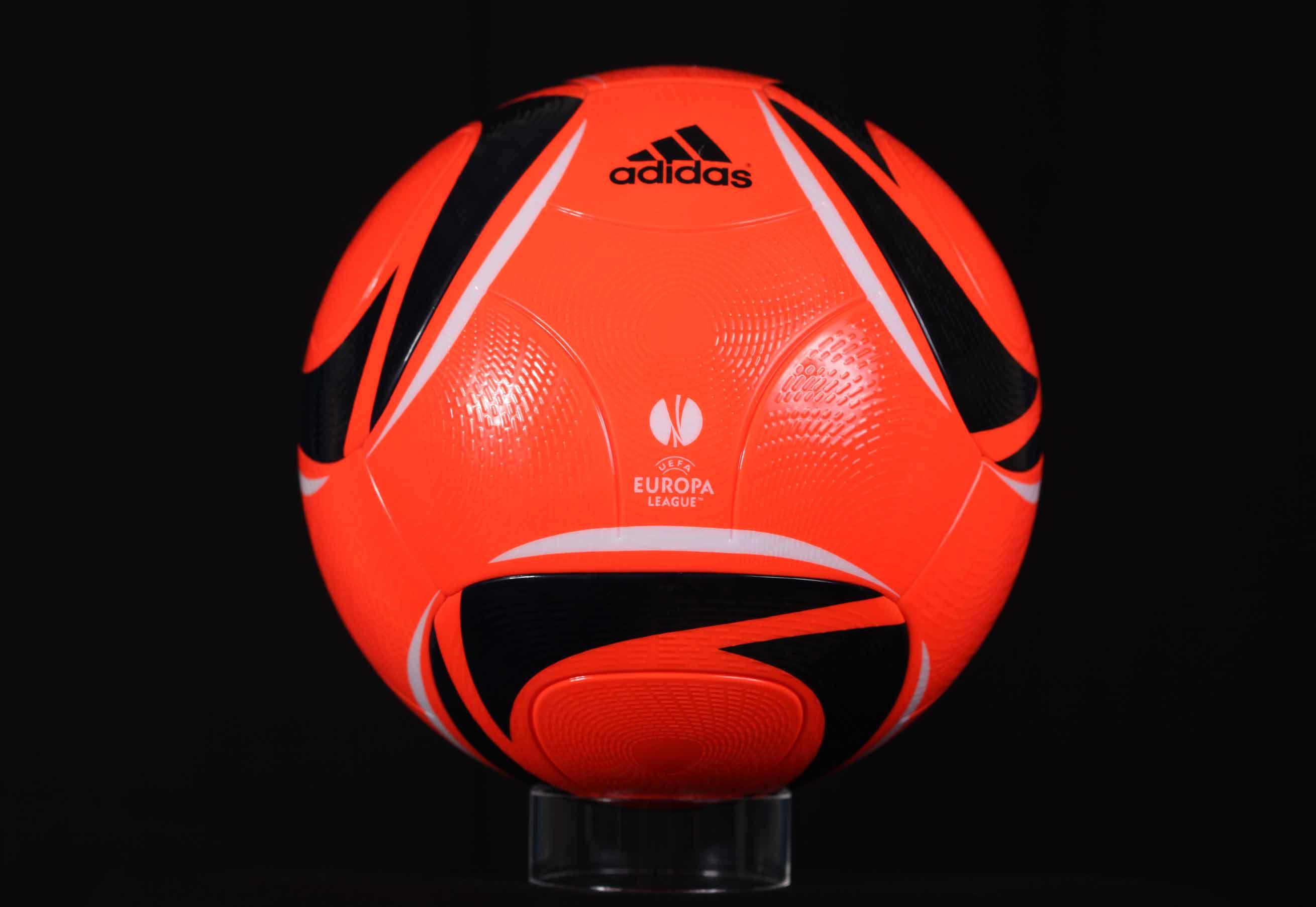 мяч Лиги Европы 2010-2011 Winterball