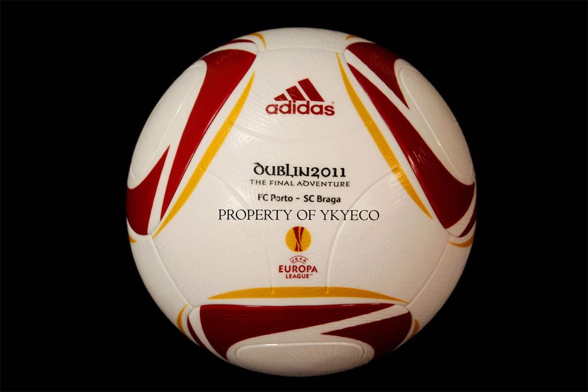 мяч финала Лиги Европы 2011