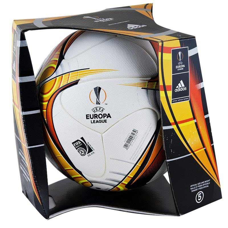 Мяч Лиги Европы сезона 2015-2016 в упаковке