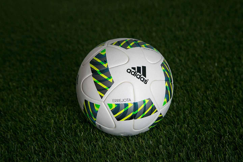 Официальный мяч Олимпийских игр 2016 -Errejota.