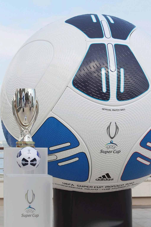 Презентацияи мяча Суперкубка УЕФА 2010 в Монако