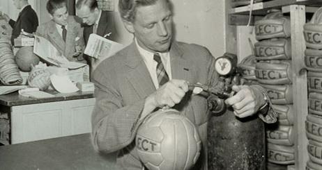 Ойгиль Нильсен – основатель компании Select.
