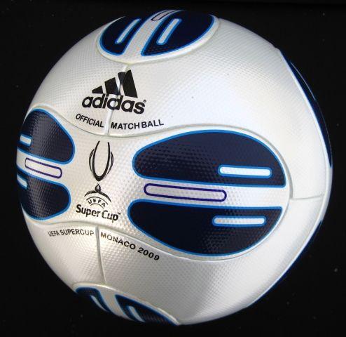 Мяч Суперкубка УЕФА 2009