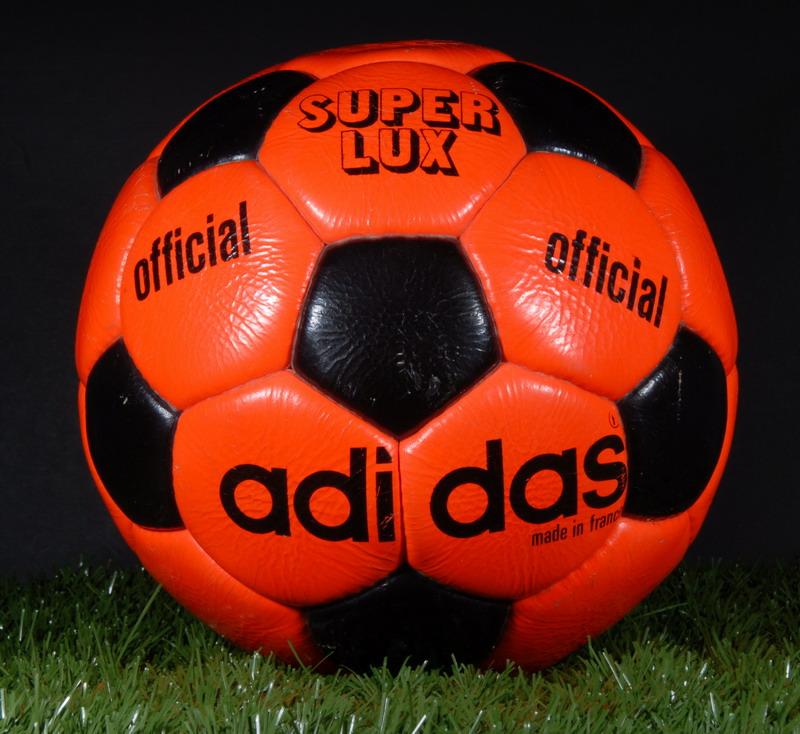 Superlux - мяч Олимпийских игр 1972 года